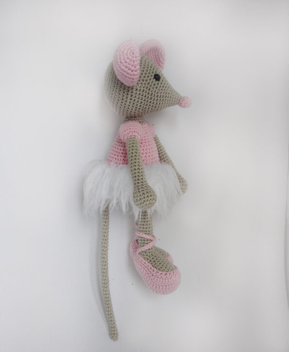 Myszka balerina na szydełku